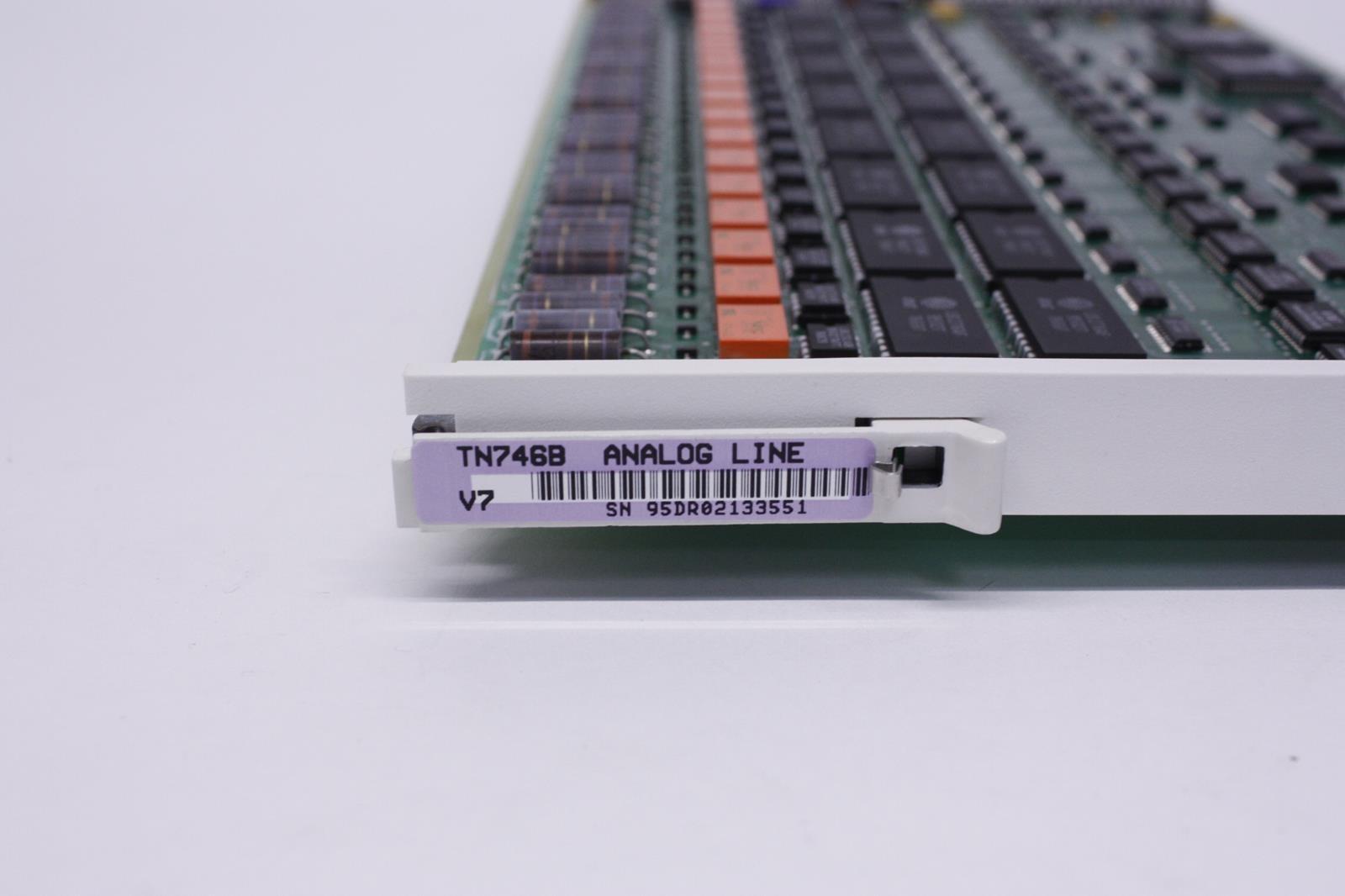 10747-TN746B_10884_base